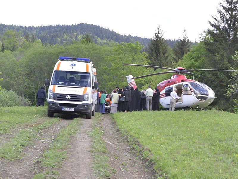 La-coborirea-din-elicopter